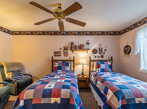 COZY ACCOMMODATIONS IN  BIG BEAR LAKE