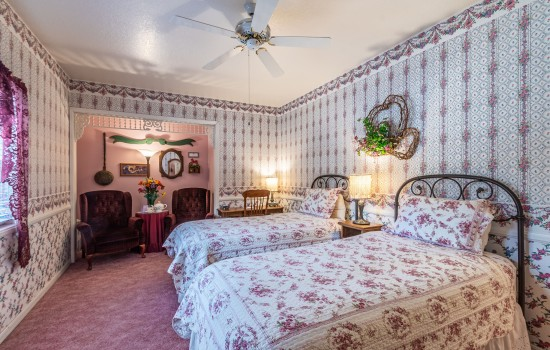 Apples Bed & Breakfast Inn: Lady Apple