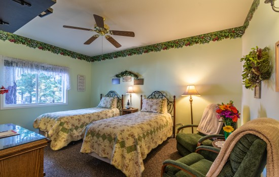 Apples Bed & Breakfast Inn - Crispin2 (2T)