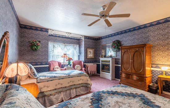 Apples Bed & Breakfast Inn - McIntosh (2T)